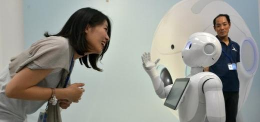 Робот-гуманоид впервые в истории принят в среднюю школу Японии