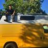 Студенту из США надоело жить с родителями. Он купил вот этот фургон за 1000 долларов и переоборудовал его в свой дом на колесах. Комментарии излишни.
