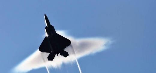 10 лучших фотографий преодоления «звукового барьера» самолётами