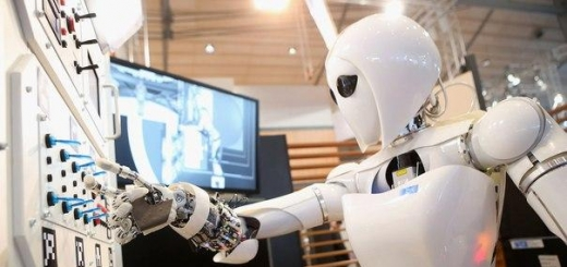 Япония запустила процесс активной роботизации