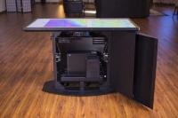 55-дюймовый мультисенсорный стол Lab Pro с разрешением 4K