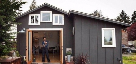 Девушка перестроила гараж в уютный домик площадью всего 23 кв. метра.